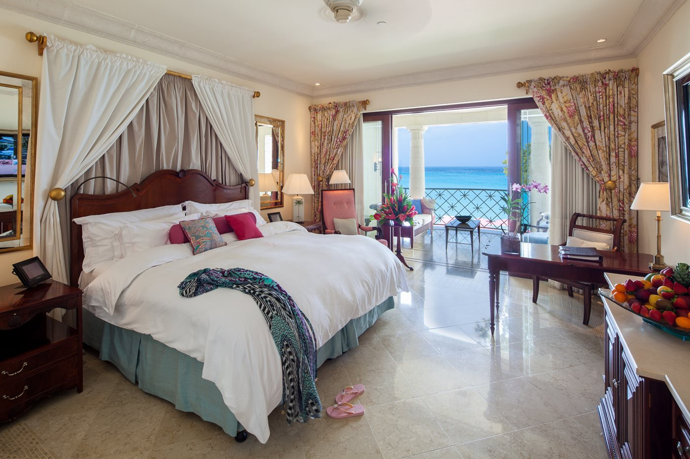 Luxury ocean rooms with a view 5 star resort barbados for Luxury hotel room
